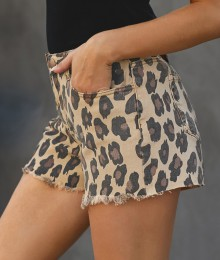 Teksamaterjalist leopardimustrilised lühkarid (S/M)